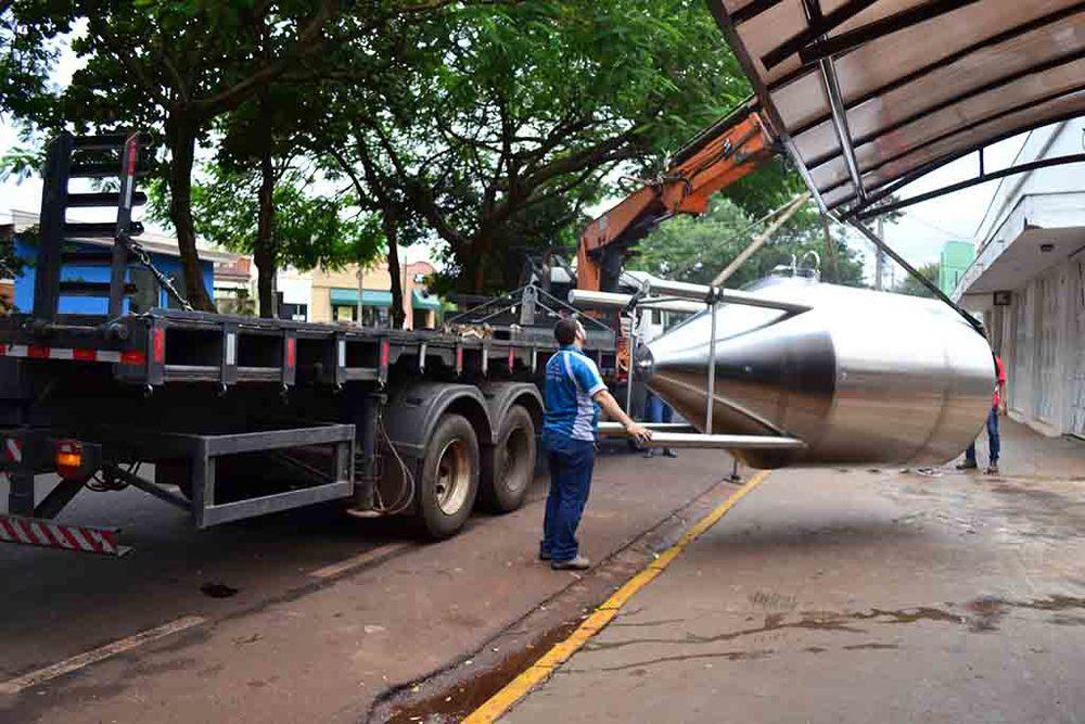 O desembarque dos novos equipamentosna fábrica em Ribeirão Preto (Foto: Divulgação)