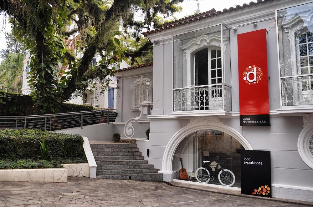 Casarão restaurado do bairro Moinhos de Vento, em Porto Alegre, passa a contar com programação de atrações gastronômicas (Foto:Aluísio Pinheiro/Divulgação)