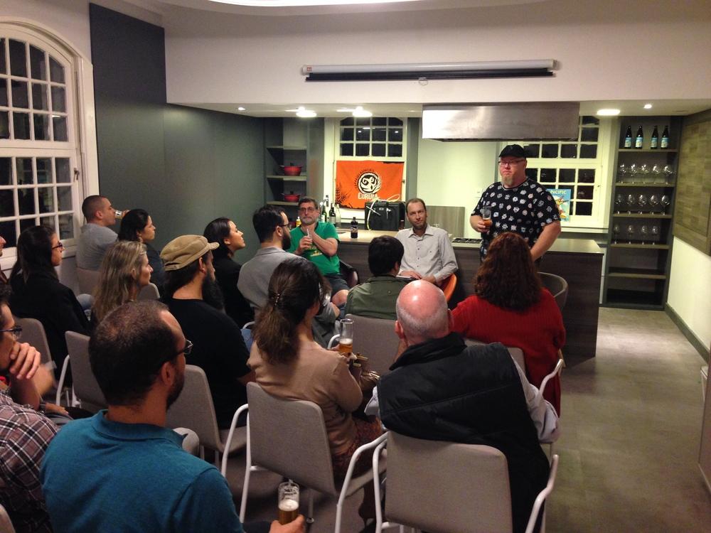 Em junho, na estreia do evento na Casa Destemperados, Sady recebeuum dos pioneiros da Nova Escola Cervejeira AmericanaPete Slosberg (Foto: Divulgação)
