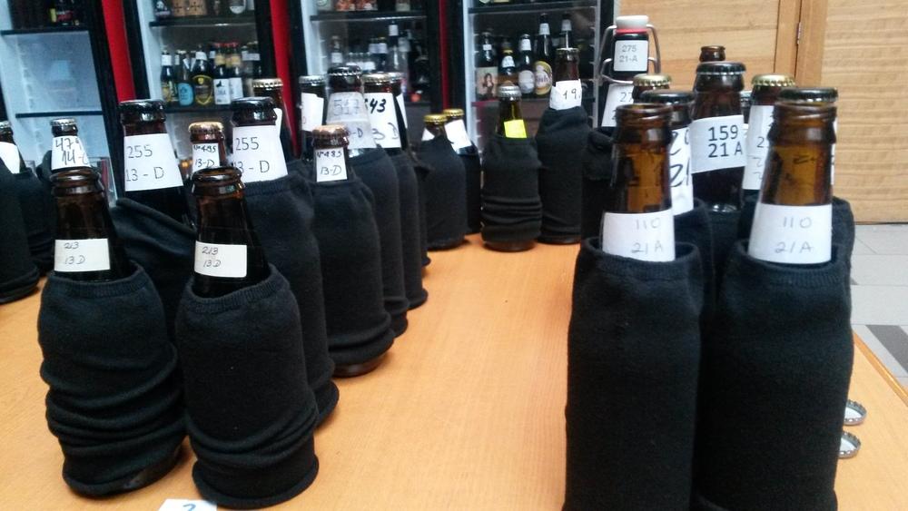 Foram avaliados mais de 600 rótulos em três dias (Foto: Sarah Buogo / Revista Beer Art)