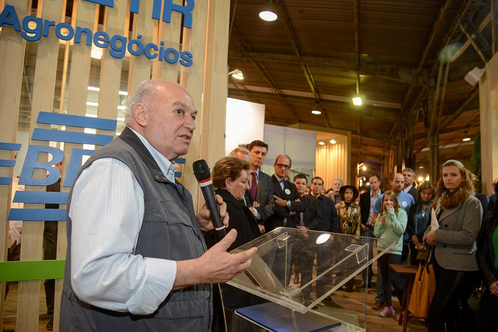 O presidente do Conselho Deliberativo do Sebrae/RS e da Farsul, Carlos Sperotto, destacou que a instituição tem olhar especial para os dois setores, o de cervejarias e o da carne ovina (Foto: Fagner Almeida/Divulgação)