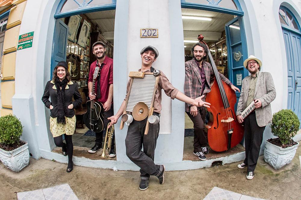 Atração musical é a banda Gringo's Washboard (Foto: Divulgação)