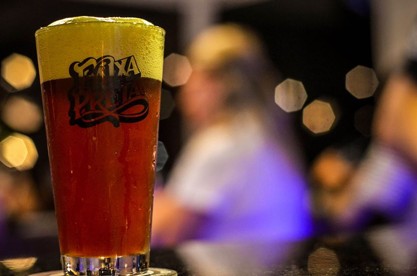 Cervejaria-Faixa-Preta