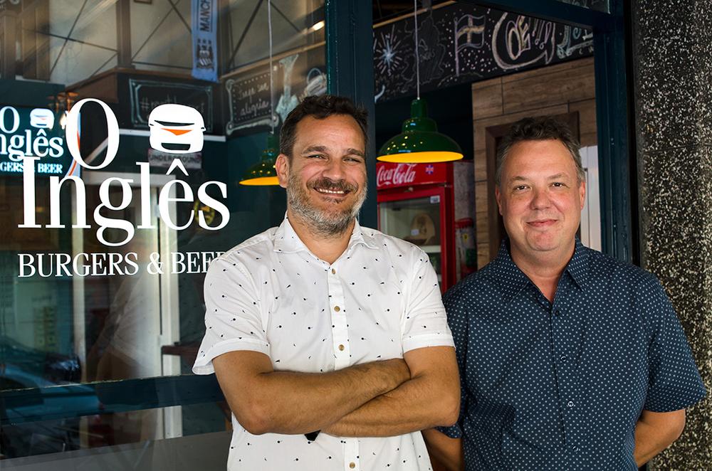 A casa é comandada por Luis Felipe Carvalho Beck, que trabalhou com chef em restaurantes londrinos,e Phillip Powell, herdeiro das tradições britânicas (Foto: Divulgação)