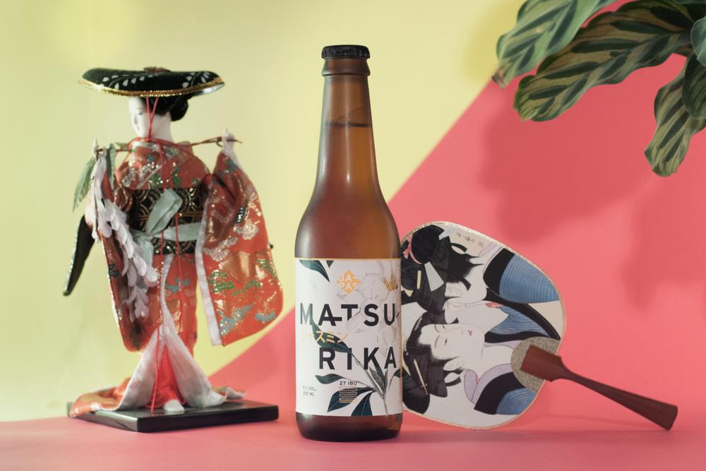 O nome da nova cerveja, Matsurika, é uma das formas de se referir à flor jasmim no idioma japonês (Foto:Bruno Fujii/Divulgação)