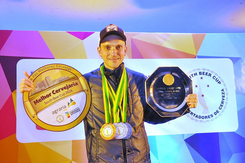 Itamar Rodrigo Zanini, o cervejeiro da Bierbaum, a Cervejaria do Ano na South Beer Cup 2016 (Foto: Divulgação)
