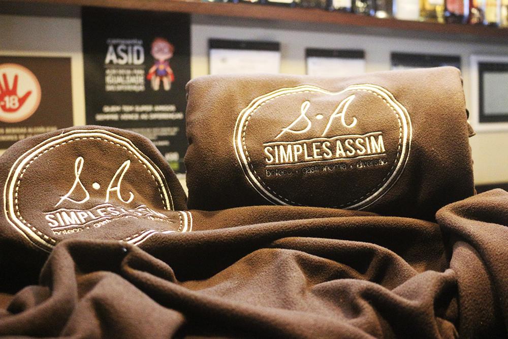 Personalizados, os cobertores podem ser usados no local ou adquiridos como souvenir (Foto: Divulgação)