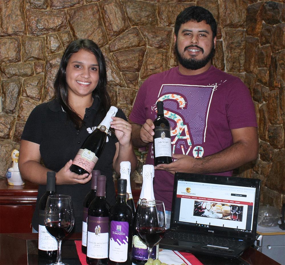 Dayane Barreiros e Gustavo Lopes fizeram os primeiros convênios com vinícola e buscam ampliar o mix de produtos (Foto: Divulgação)