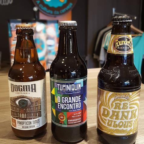 Loja da Mestre-Cervejeiro Natal oferece 200 rótulos, de marcas como Dogma, Tupiniquim e Founders (Foto: Divulgação)
