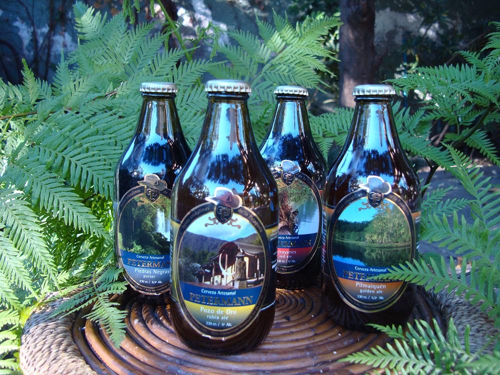 A Cervejaria Petermann oferece quatro opções de estilos, harmonizados com os petiscos e comidas leves servidos no local (Foto: Divulgação)
