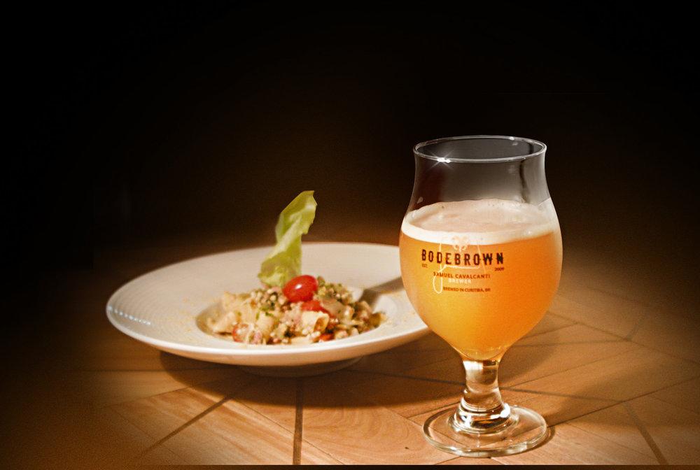 O prato que harmoniza com a cerveja La Grisette Supérieur é o premiado Garganelli com ragu de linguiça de Prudentópolis e trigo sarraceno (Foto: Divulgação)