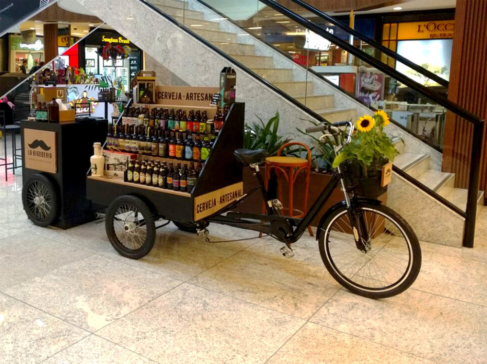A loja em forma de bicicleta fica estacionada no térreo do Colinas Shopping (Foto: Divulgação)