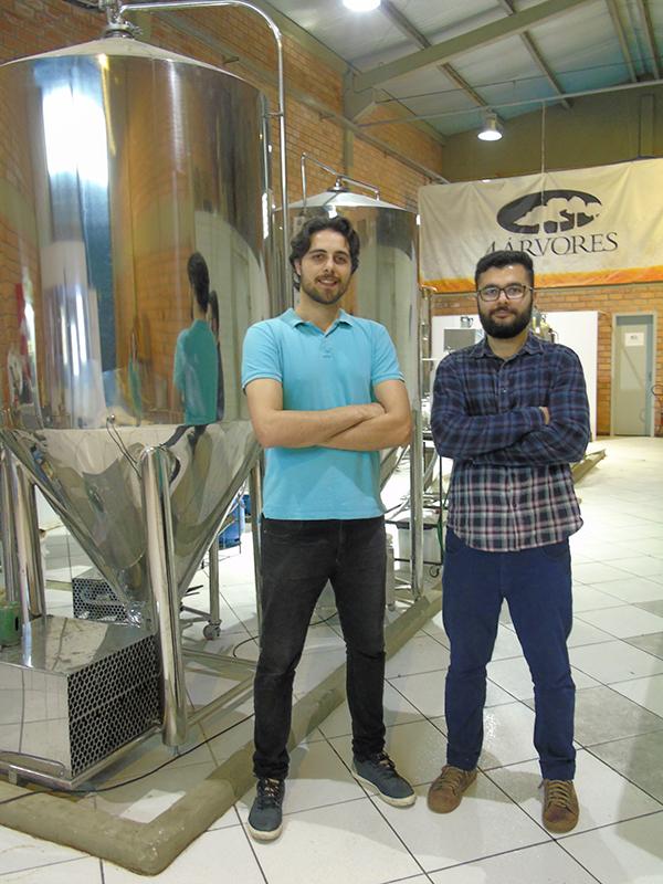 Ivan Diehl e João Henrique Nascimento Franco são os sócios à frente da cervejaria (Foto: Divulgação)