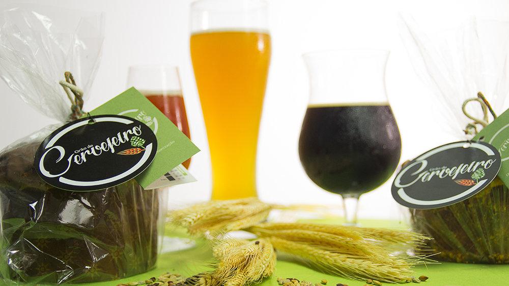 Feitos com grãos usados na produção de cerveja, panetones vêm com uma etiqueta com sugestão de harmonização com a bebida (Foto: Divulgação)