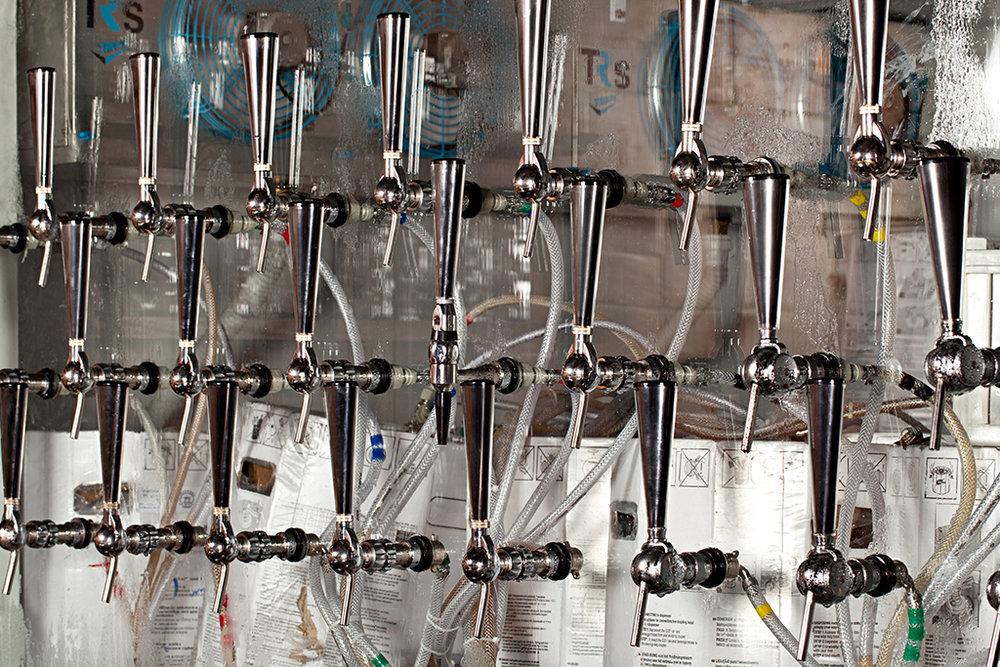 O primeiro evento é no Pub Escondido, que recebe a cervejaria Cocky Rooster Brewing com o lançamento do chope Ousadia Indian Pale Ale (Foto: Rodrigo Azevedo/Divulgação)