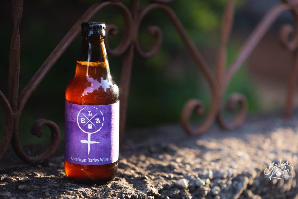 Em agosto de 2016, o grupo colocou no mercado um rótulo inédito de cerveja, a ELA Barley Wine (Foto: Bárbara Kaucher/Divulgação)