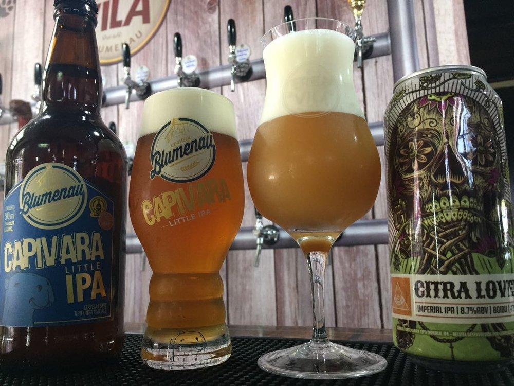 Nova cerveja celebra a fusão entre sucessos da linha das duas marcas (Foto: Divulgação)