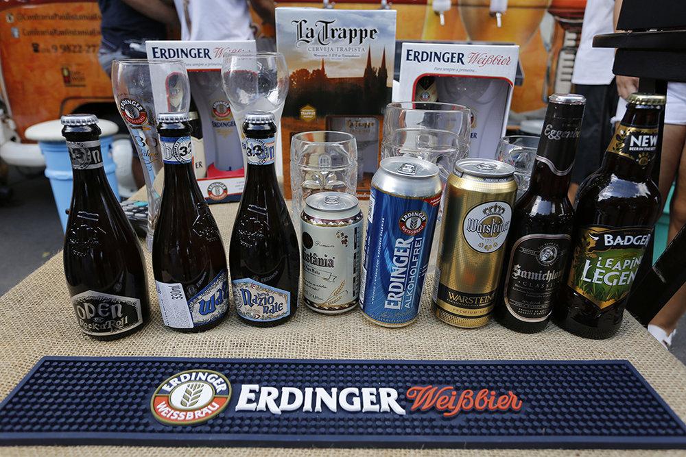 Visitantes têm opções de cervejas artesanais brasileiras e cervejas especiais importadas (Foto: Divulgação)