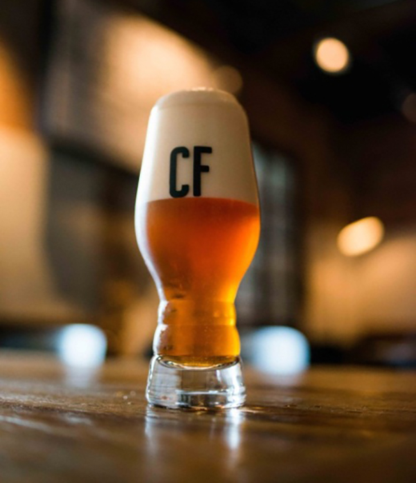 Novo projeto da cervejaria mineira promete uma India Pale Ale diferente a cada 50 dias (Foto: Cris Parente/Divulgação)