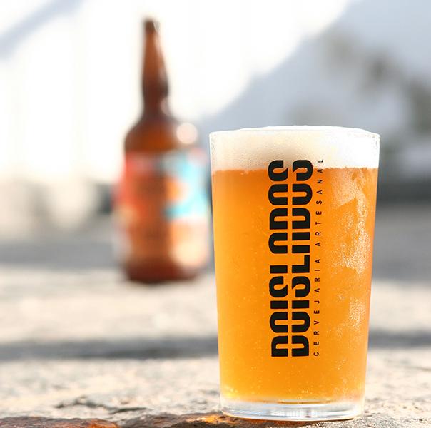 Summer Ale é a primeira aposta da cervejaria de São Gonçalo (Foto: Divulgação)