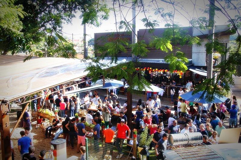 Festa ocorre na fábrica, em Bonfim Paulista, distrito de Ribeirão Preto (Foto: Divulgação)