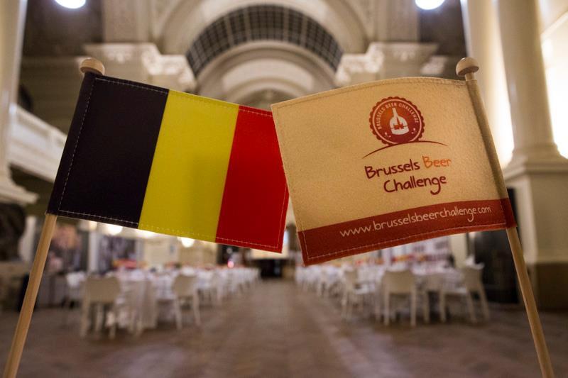 Cervejas na competição belga são avaliadas por um júri internacional (Foto: Bart Van der Perre/Divulgação)