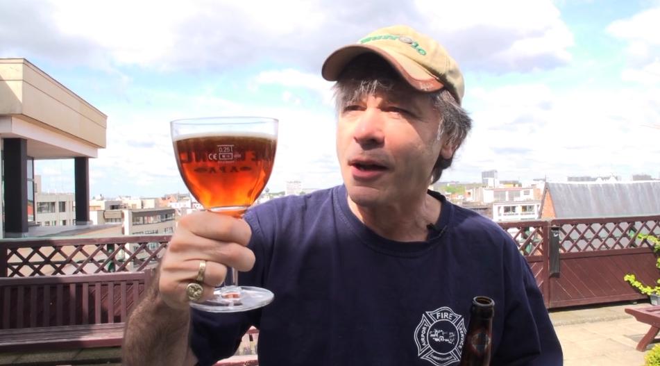 O vocalista do Iron Maiden desenvolveu a cerveja com o mestre-cervejeiro da Robinsons Brewery (Foto: Divulgação)