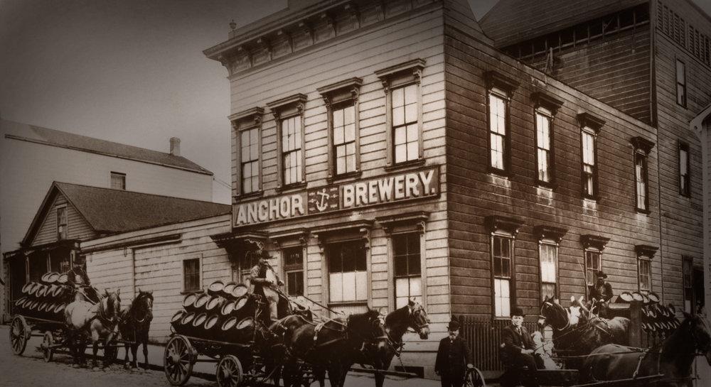 Cervejaria na costa oeste americana é considerada pioneira das artesanais (Foto: Divulgação)