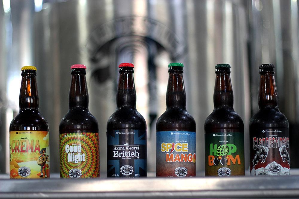 A linha da Clandestina Craft Beer (Foto: Divulgação)
