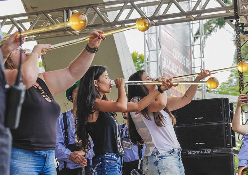Evento tem competições e atrações inspiradas nas festas típicas alemãs (Foto: Divulgação)