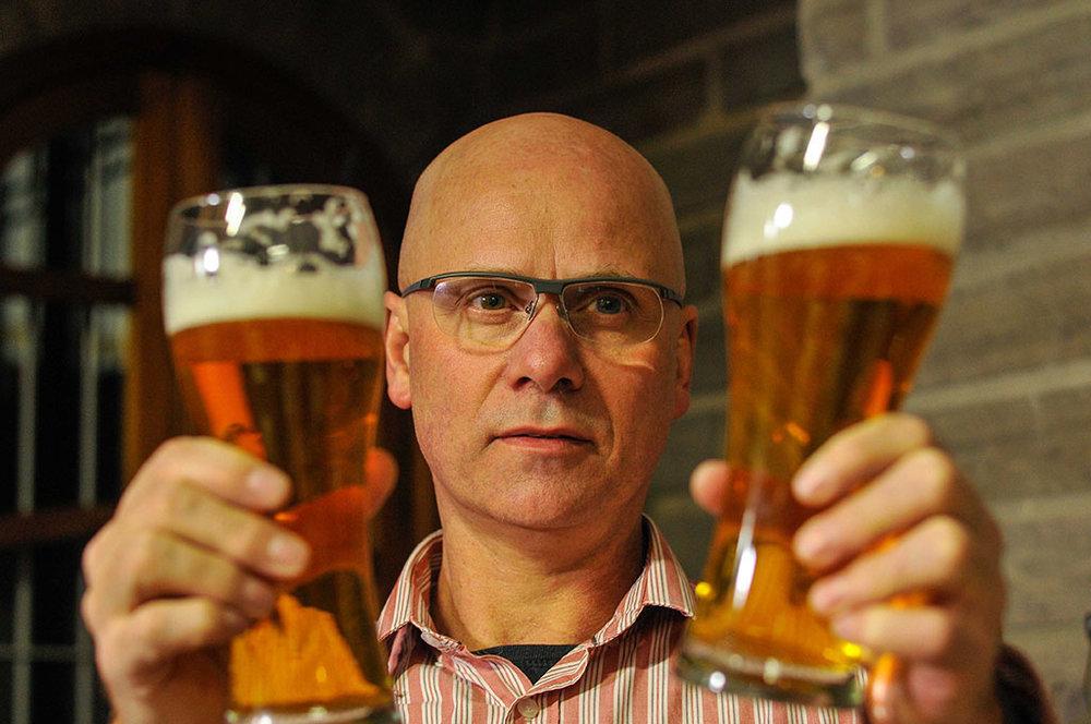 Emílio Kunz Neto conduz masterclass sobre cerveja no Casual Gastrobar (Foto: Divulgação)