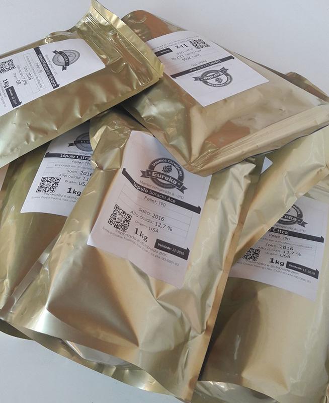 Embalagens de lúpulo Sorachi Ace, da Eureka Insumos Cervejeiros (Foto: Divulgação)