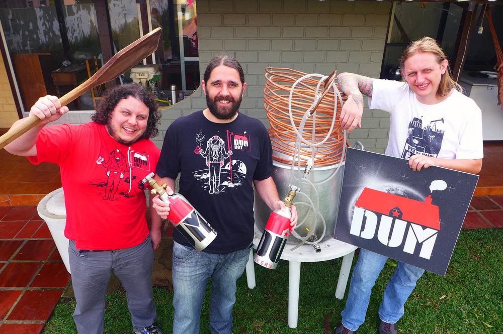 O trio da cervejaria DUM:Luiz Felipe Araujo, Júlio Moutinho e Murilo Foltran (Foto: Divulgação)