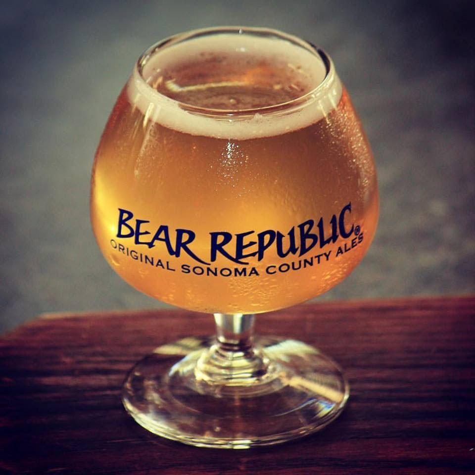 Confira os seis rótulos que fazem parte do primeiro lote da nova importadora da Beer Republic (Foto: Divulgação)