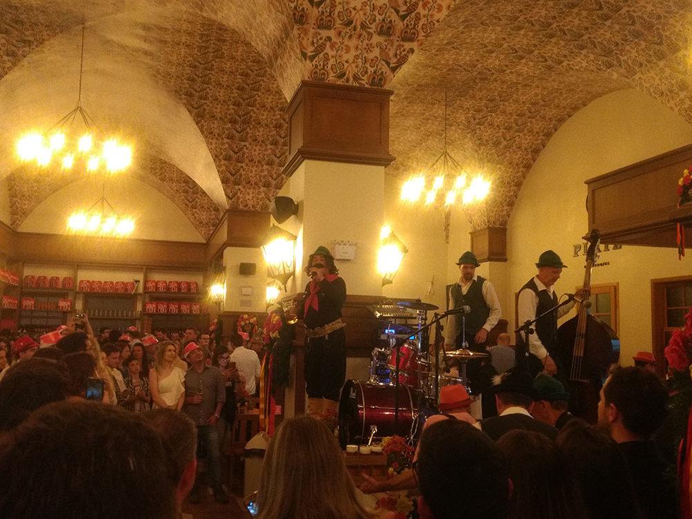 A eclética noite de inauguração contou com o Guri de Uruguaiana entre as atrações (Foto: Tiago Lobo/Beer Art)