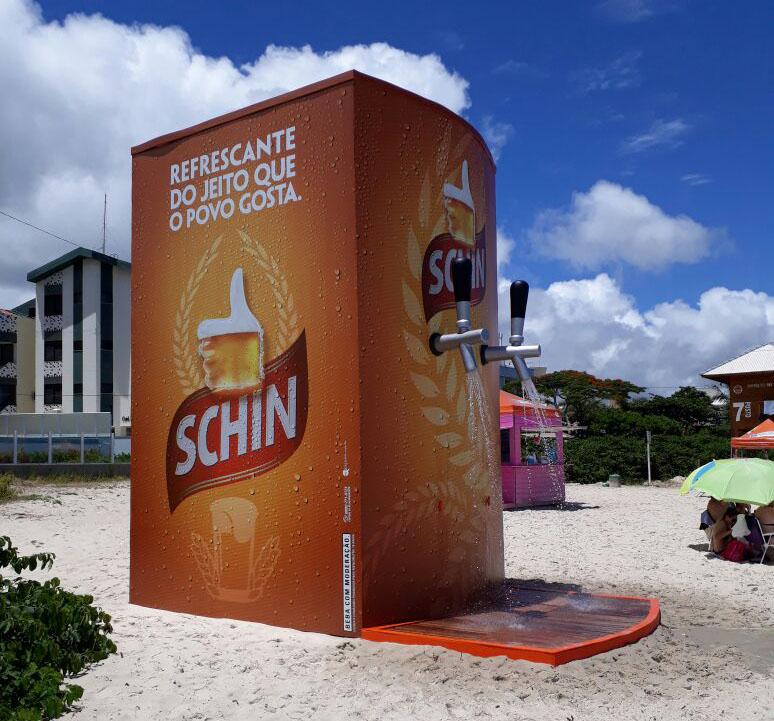 Chuveirão está instalado em uma das praias mais populosas do verão gaúcho (Foto: Divulgação)