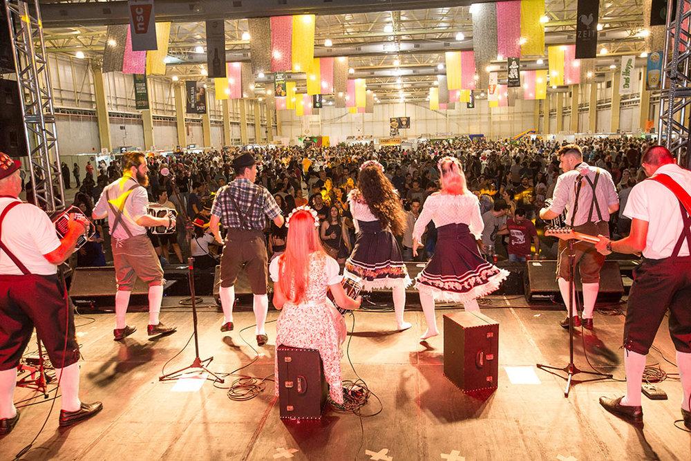 A Bierville reproduz o clima de uma festa germânica (Foto: Divulgação)
