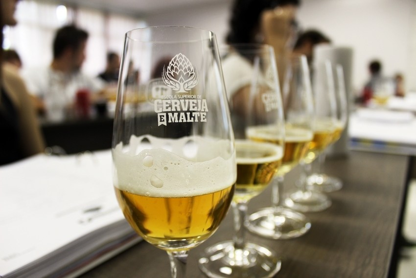 Escola Superior de Cerveja e Malte, com atuação em vários pontos do Brasil, também abriu unidade no Uruguai (Foto: Divulgação)