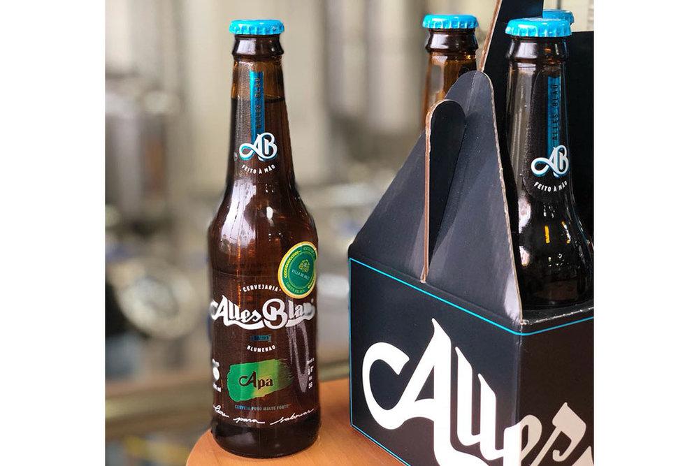 Alles Blau é uma nova marca de cerveja artesanal de Blumenau (Foto: Divulgação)