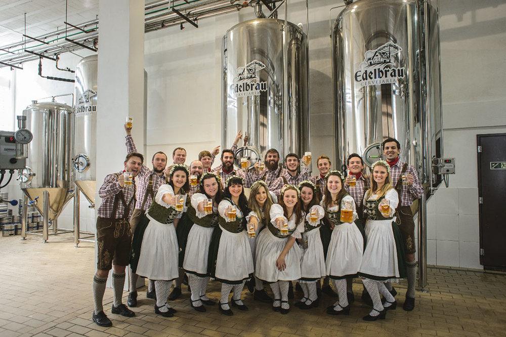 O grupo folclórico Sonnenschein realiza a terceira edição da Welt Bier Fest em 14 de julho (Foto: Divulgação)