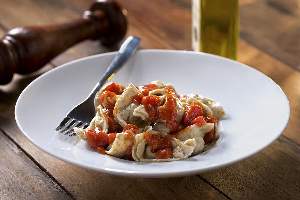 Tortellini de Calabresa com Bacon e Presunto e outros pratos feitos com a massa do bagaço do malte podem ser saboreados nos restaurantes da marca (Foto: Divulgação)