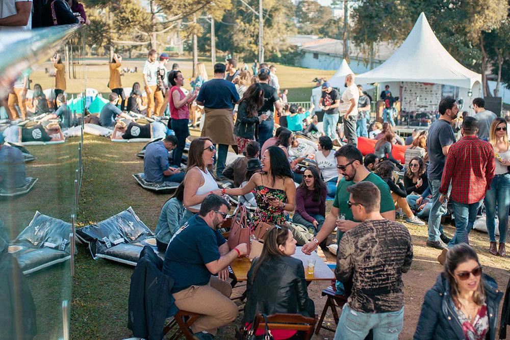 Evento anual é organizado pela Cervejaria DUM, de Curitiba (Foto: Izadora Padilha/Divulgação)
