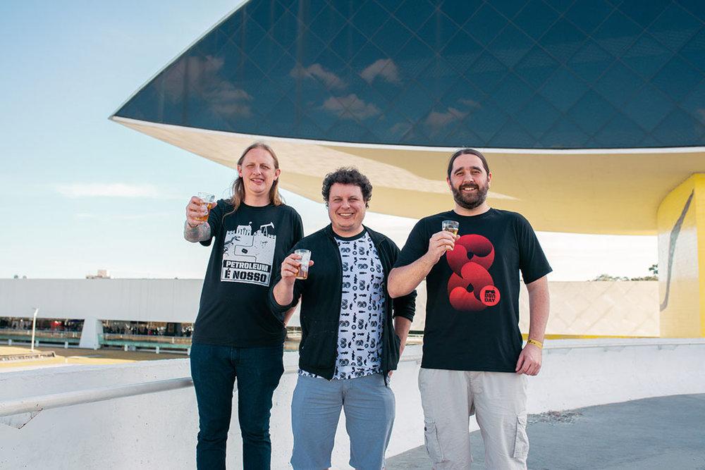 Os fundadores da DUM,Murilo Marecki Foltran, Luiz Felipe Camargo de Araújo e Júlio Amorim Moutinho (Foto: Izadora Padilha/Divulgação)