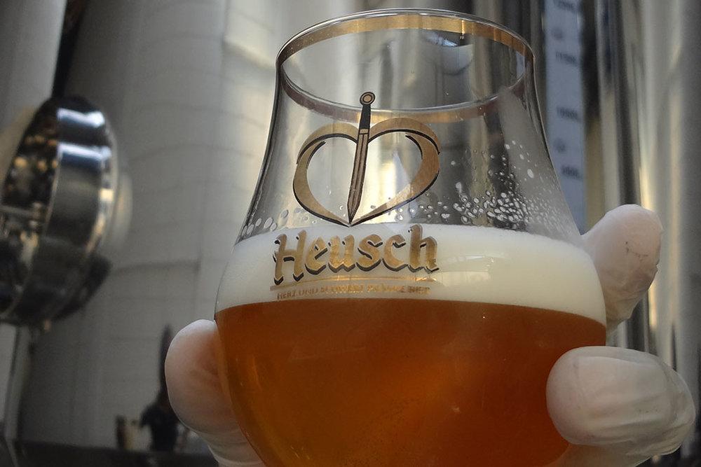 """O nome Heusch vem da expressão alemã """"Herz Und Schwert Prämie Bier"""", que significa """"Cerveja Premium do Coração e da Espada"""" (Foto: Divulgação)"""