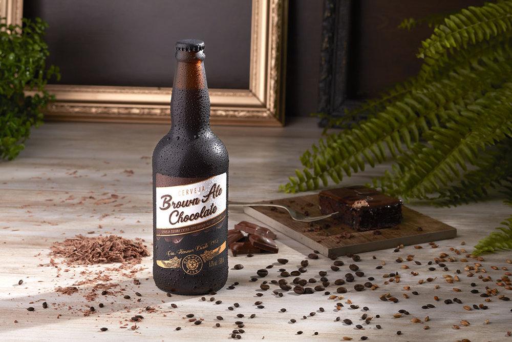 Entre os itens inusitados estão nibs de cacau produzido na Fazenda São José em Barro Preto, na Bahia, e utilizado na Brown Ale Chocolate (Foto: Divulgação)