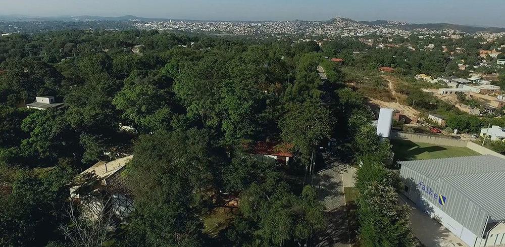 Nova fábrica foi construída em frente à antiga, em Ribeirão das Neves/MG (Foto: Divulgação)