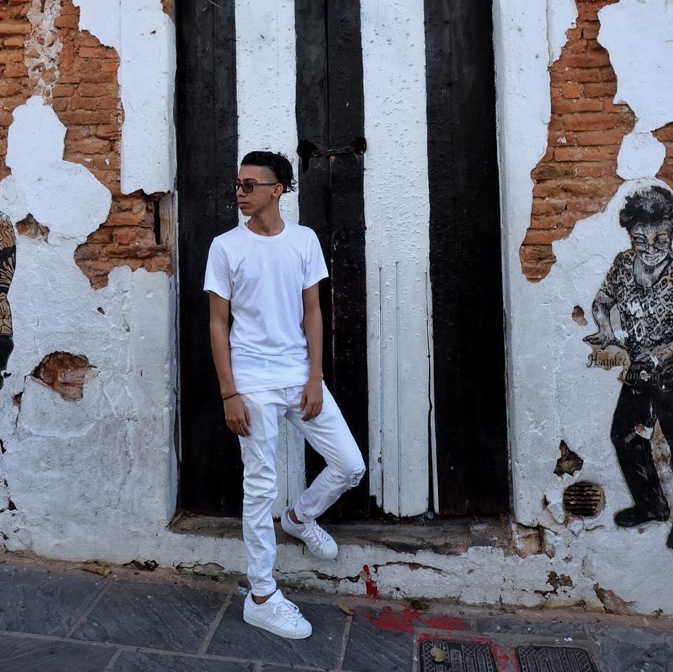 Edgardo Santiago, Fundador de Atelier Colectivo