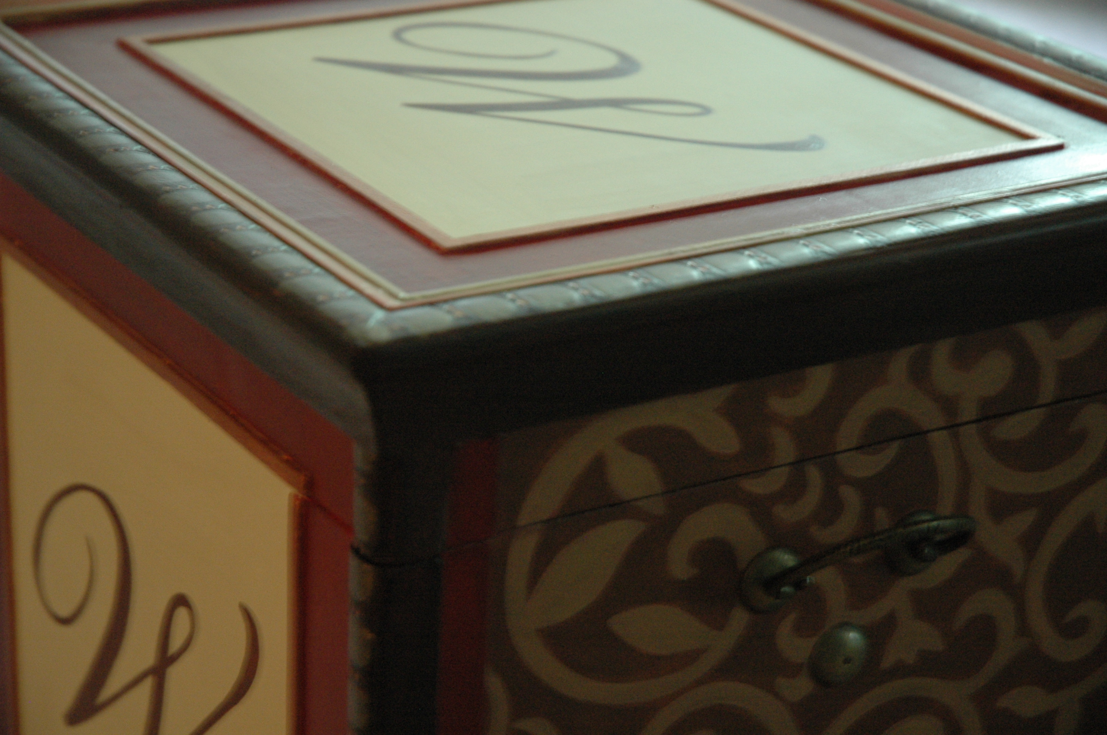box-closeup