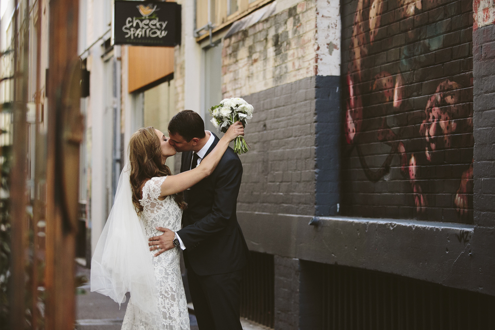 bride and groom in wolfe lane perth