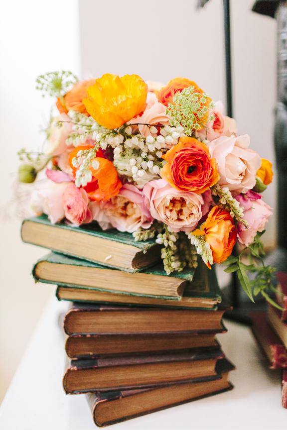 zinnia floral design spring bouquet